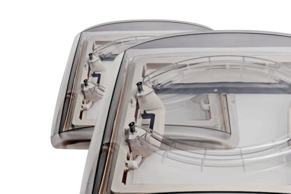 Claravoya de techo 40x40cm marco gris capota cristal ahumado 2